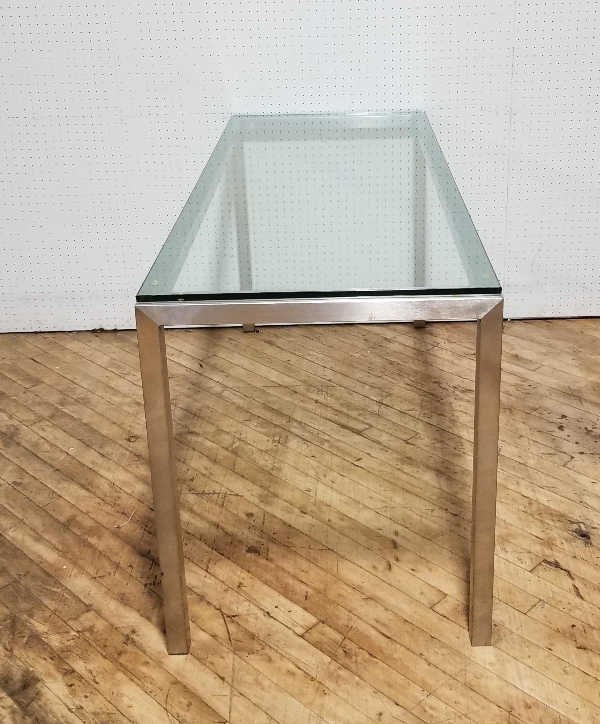 #282A. Glass Table 24X60