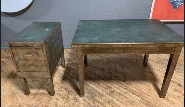 #134. Vintage Tank Table and File Set