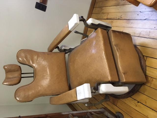 #96 Vintage Chair