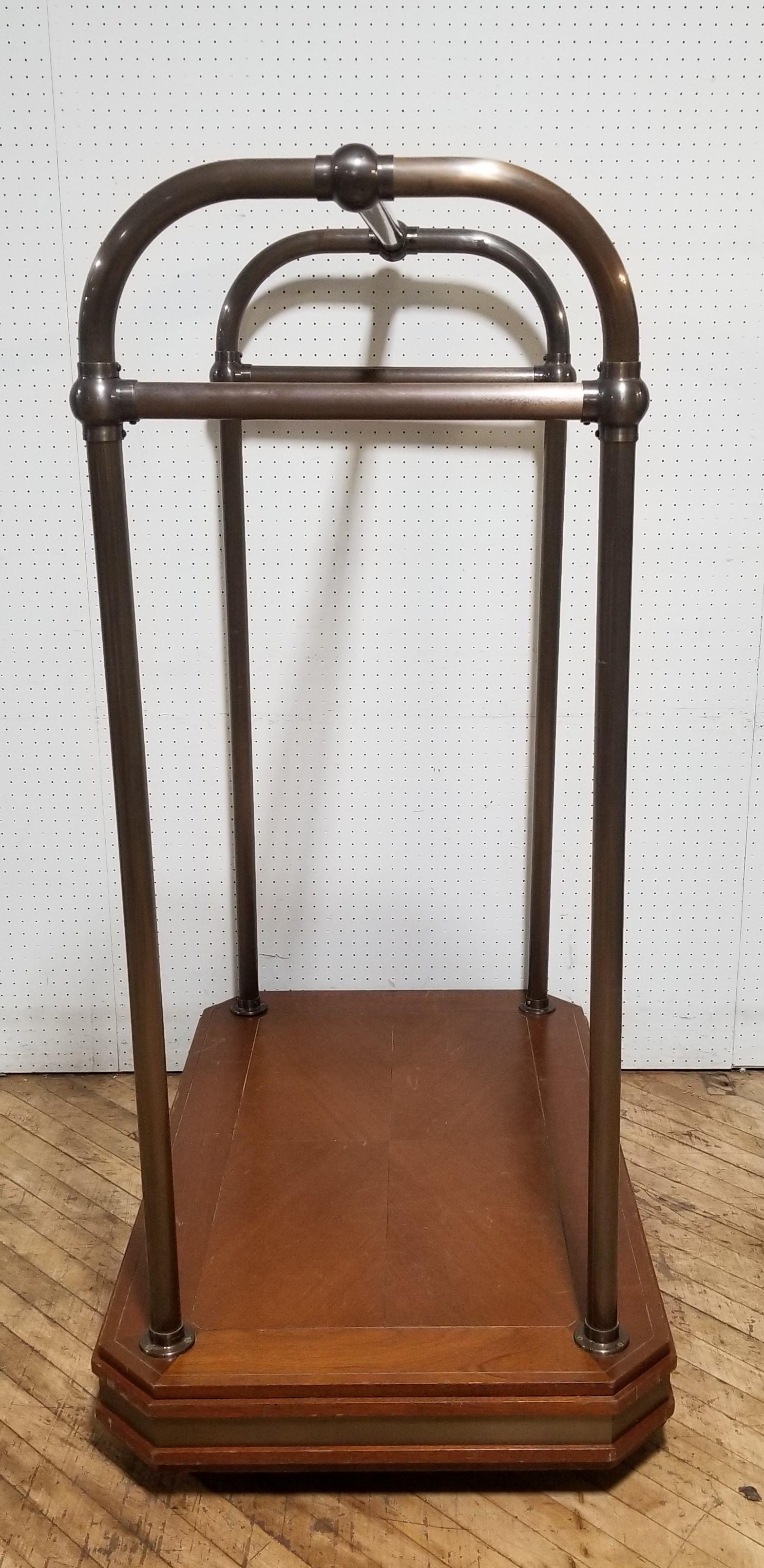 #124. Bellboy Cart