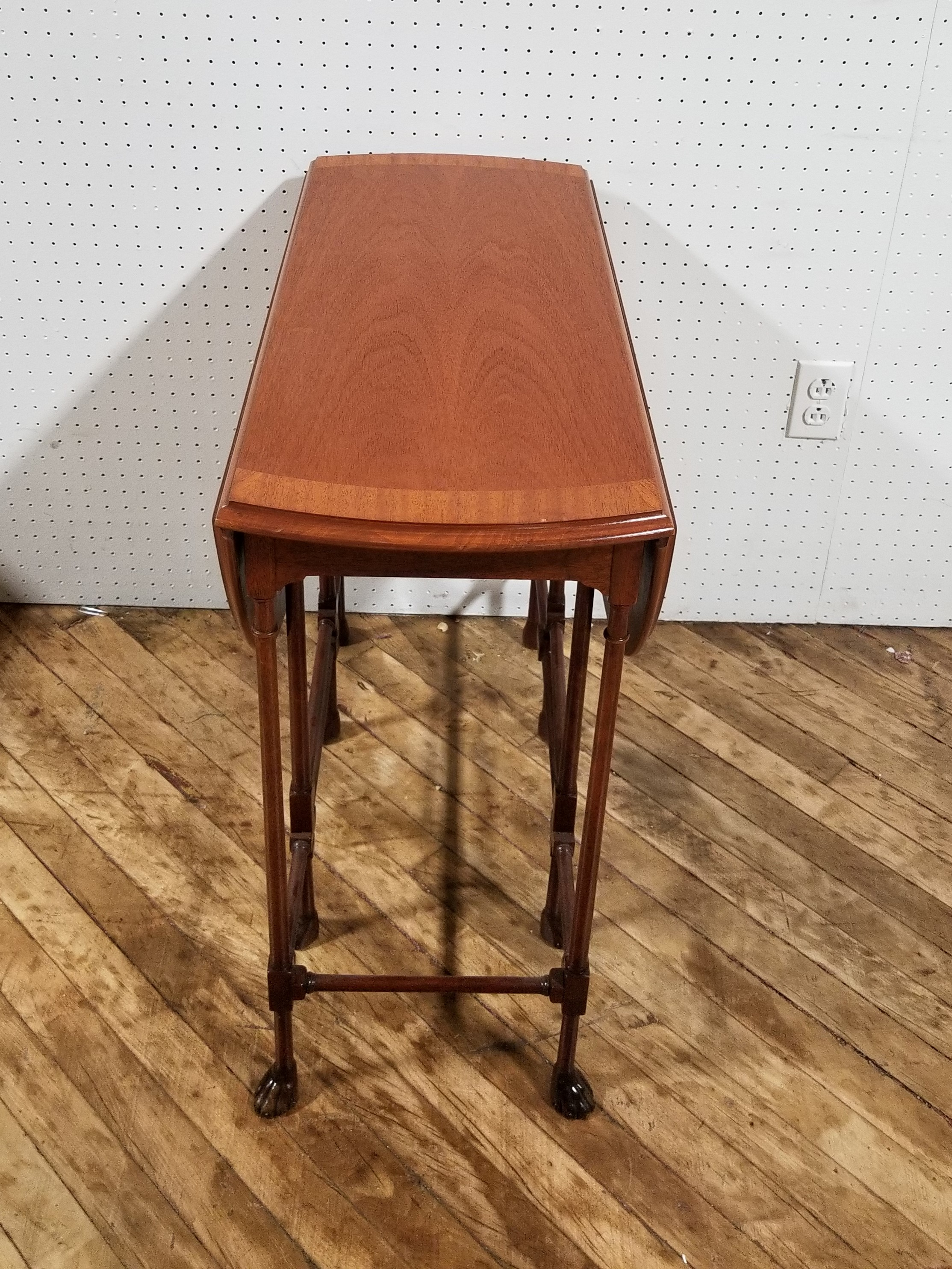 #305A. Folding Table