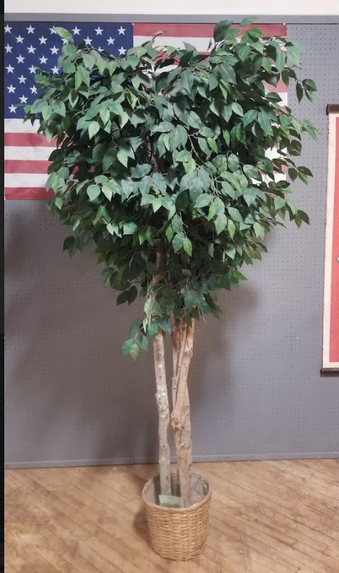 #132. Artificial Office Tree