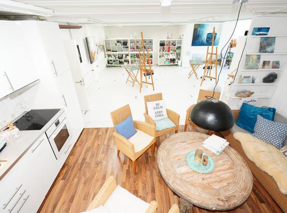 Küche & Lounge