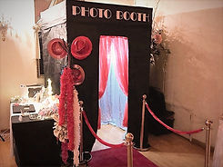 Classic Enclosed Photo Booth