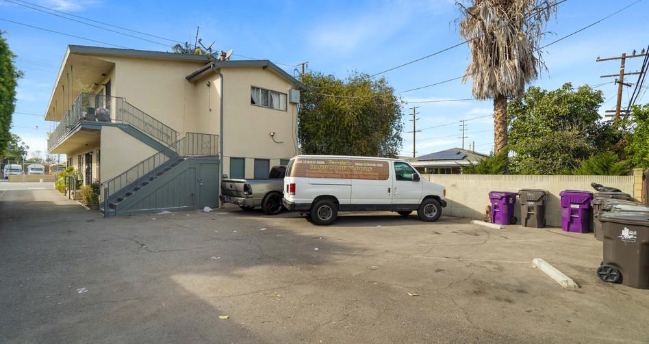 5946 Orange Ave-12.jpg