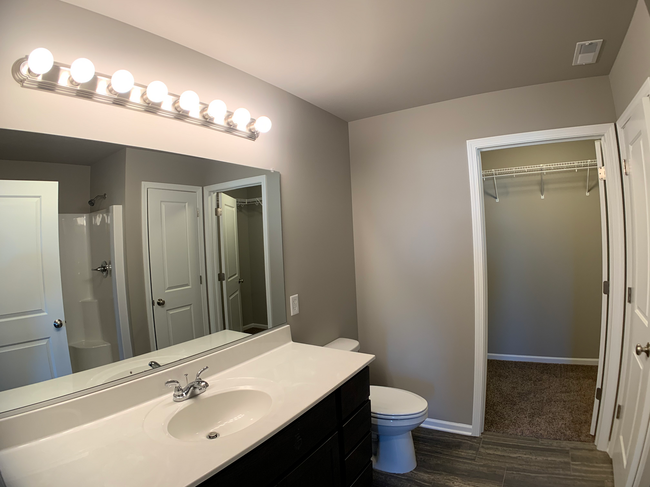 Belmont Master Bathroom 1.png