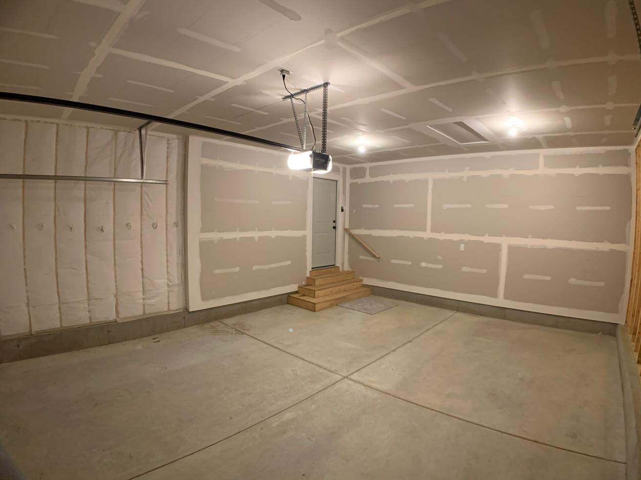 Firethorn Garage 1