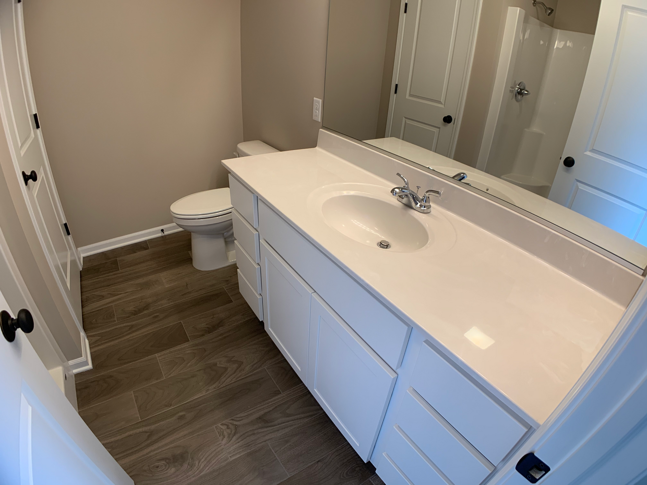 Jefferson Master Bathroom 2