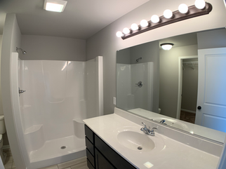 Washington Master Bathroom 1.png