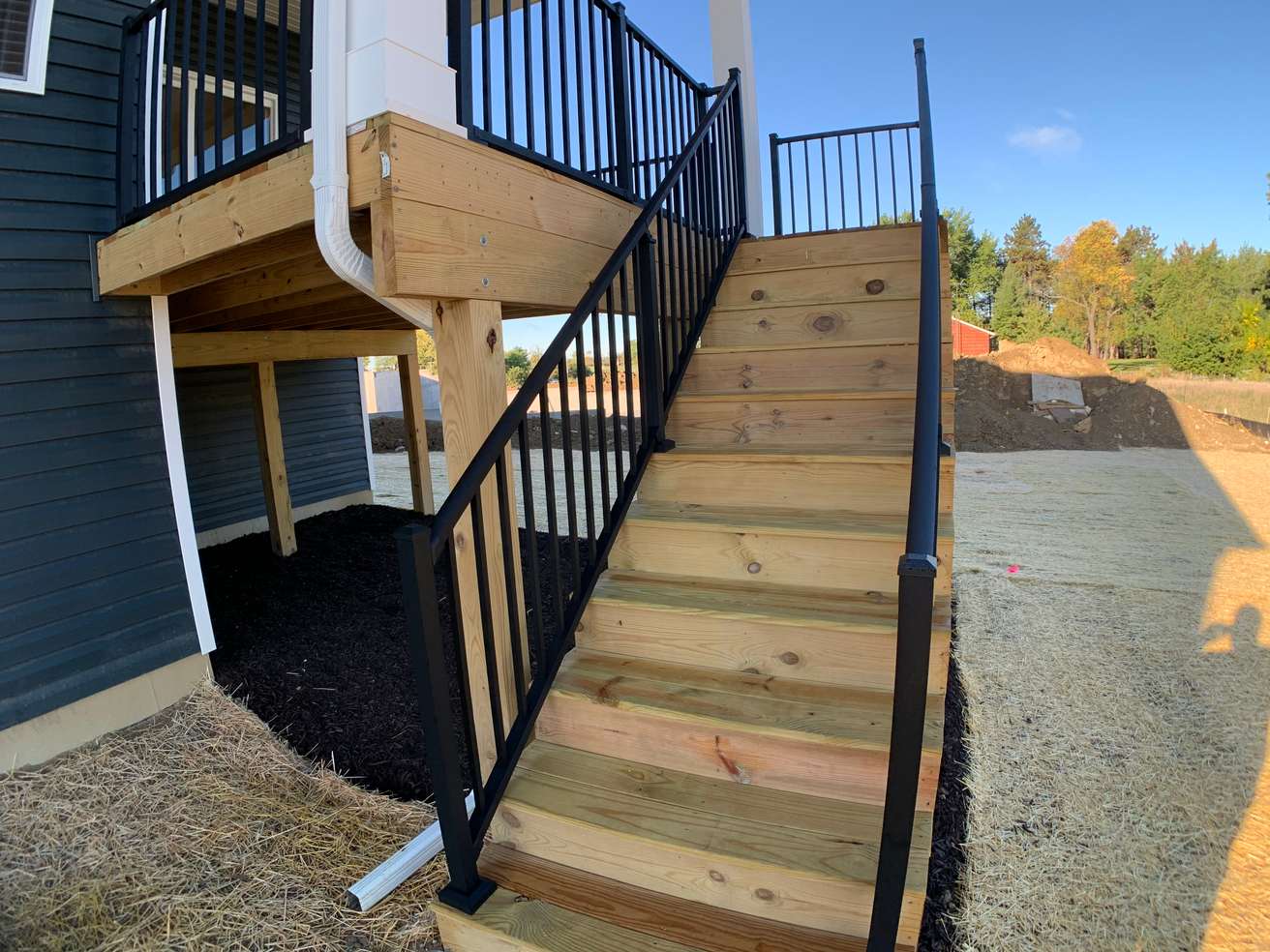 Redbud Covered Porch Stairs.png