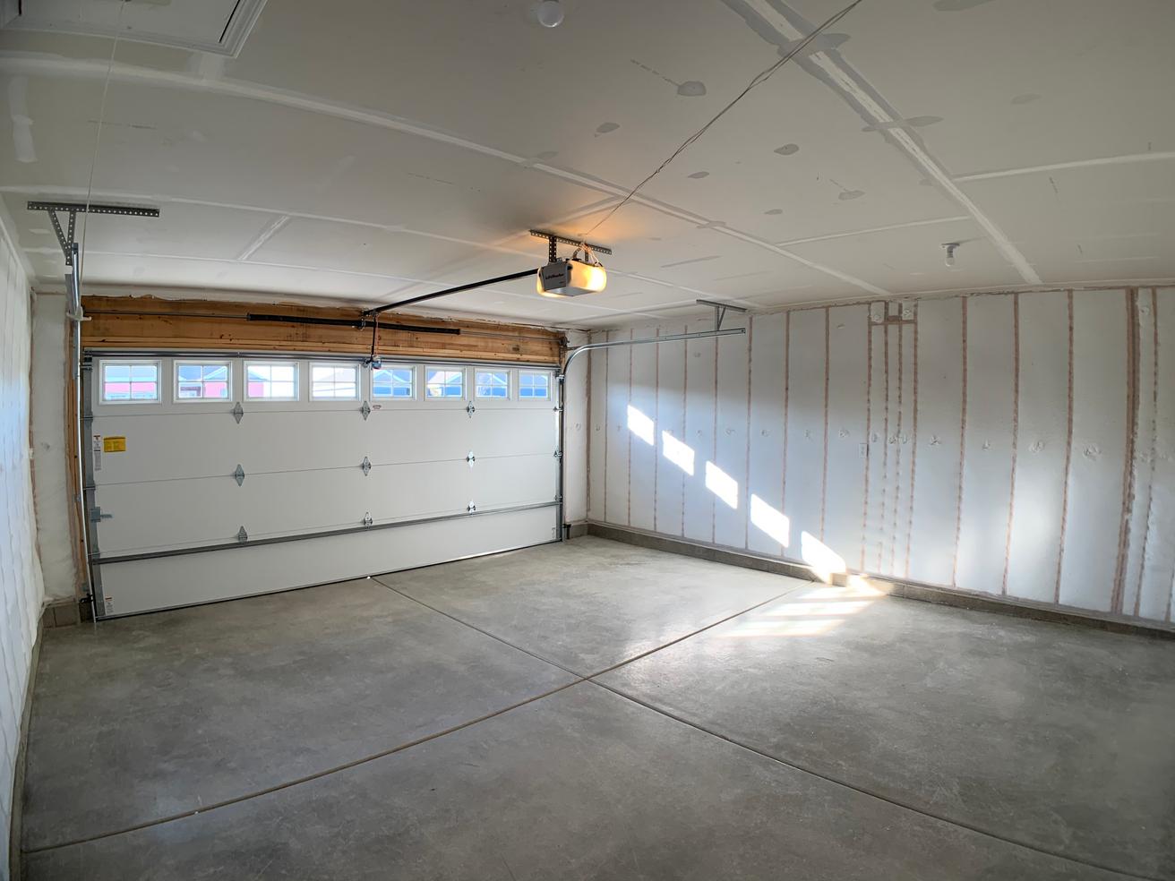 Churchill Garage 1.png