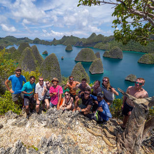 Our divers at another Wayag viewpoint