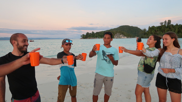 Sunset drinks on the sandbank between Kri and Mansuar Islands