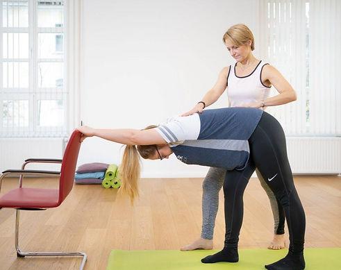 Mag Petra Aichholzer Yoga.jpg