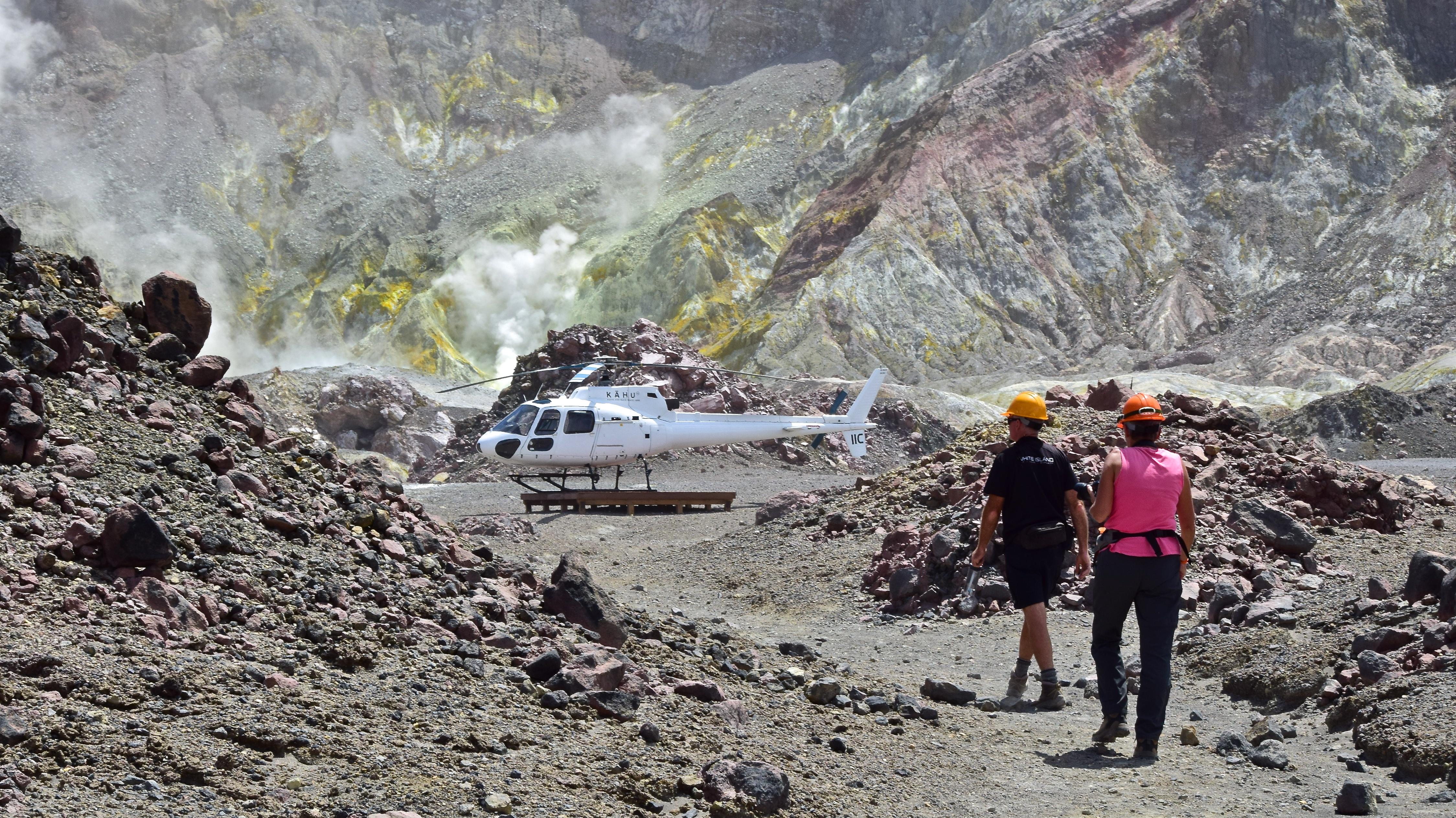A voyage to Te Puia o Whaakari