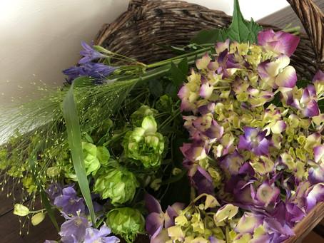 なりきりアレンジメント (my way of) Freestyle  flower arrangement
