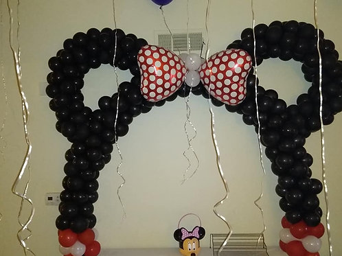 Minnie Mouse Table arch