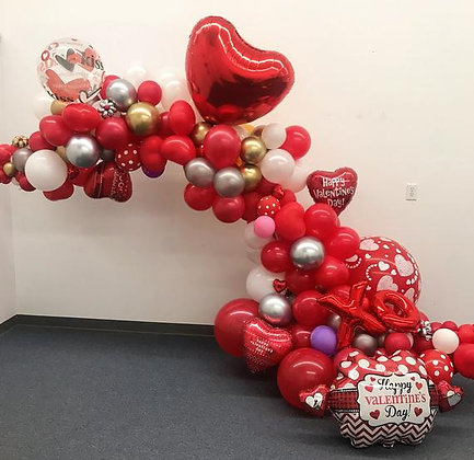 Valentine balloon garland