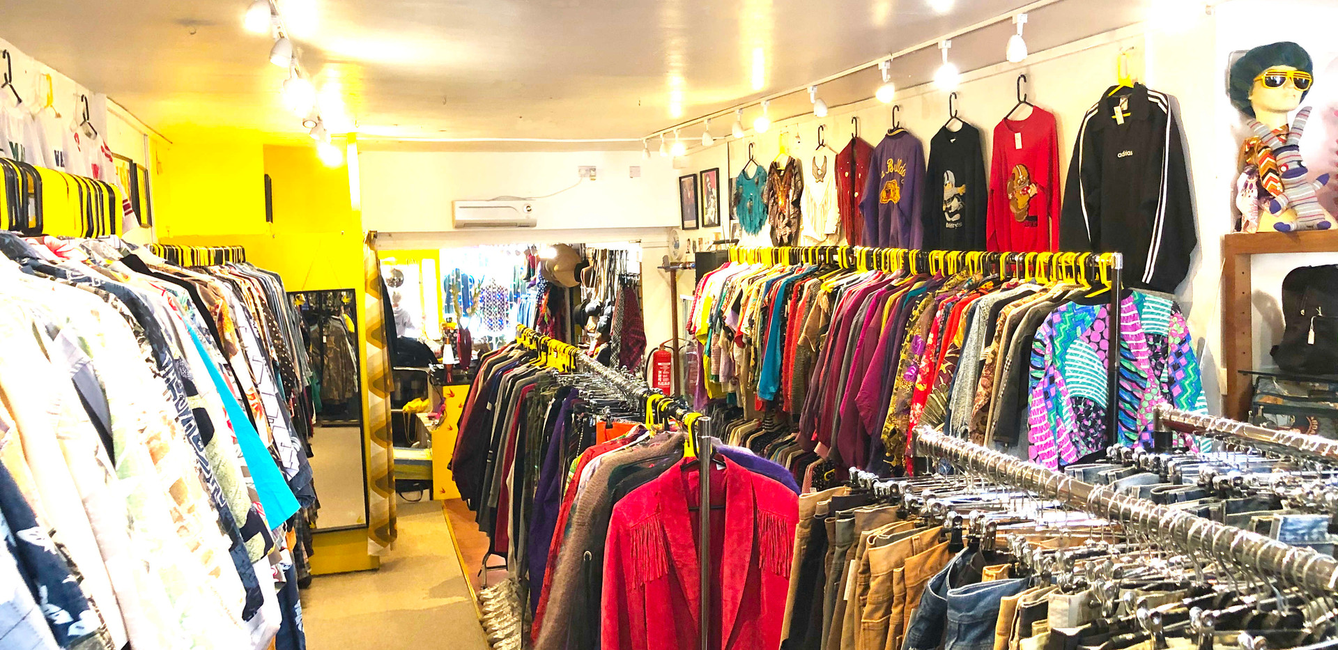 The Yellow Shop 3450.jpg