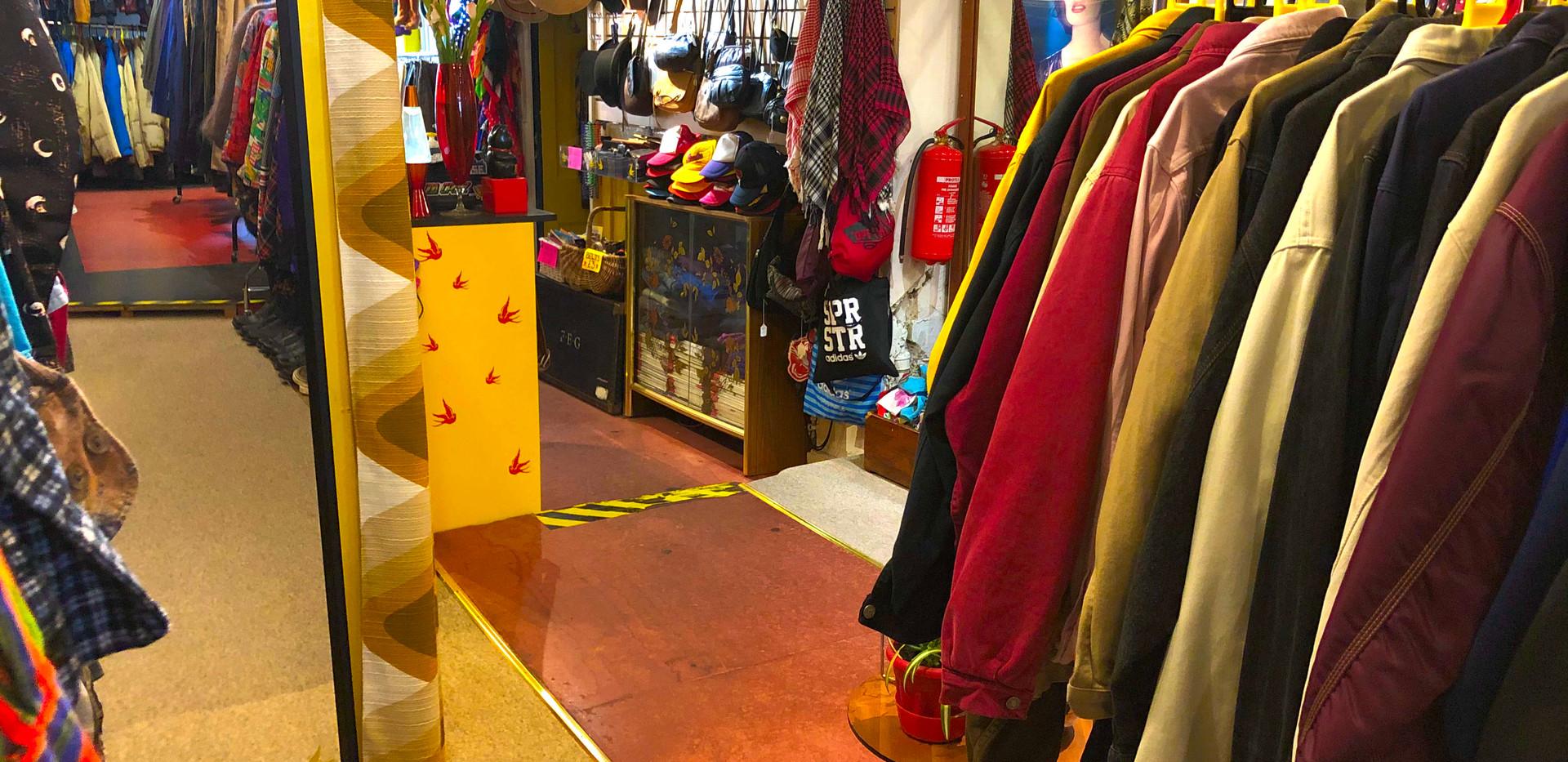 The Yellow Shop 3451.jpg
