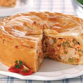 Torta de frango com palmito e ervilha