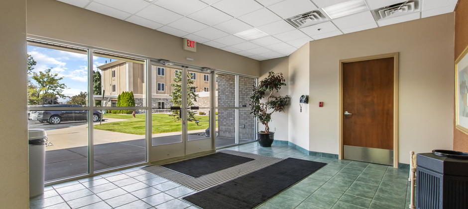 4805 Towne Centre Rd-15.jpg