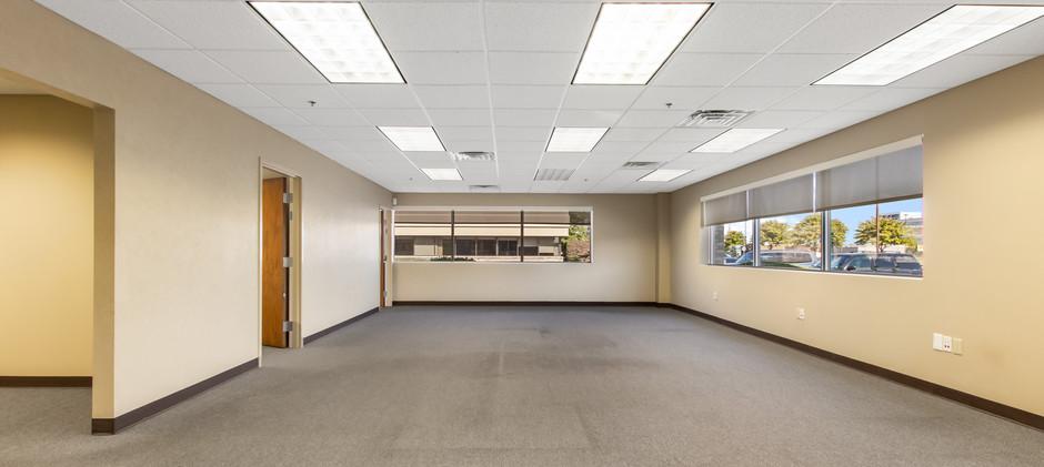 4805 Towne Centre Rd-6.jpg