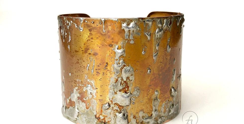 medium cuff 1809