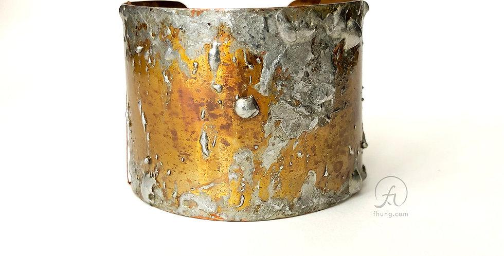 medium cuff 1811