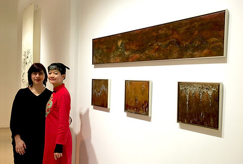 The artist in front of her artwork that has inspired the birth of FHUNG artistmade copper jewellery, Hanart TZ Gallery, Hong Kong