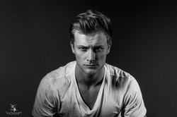 Mann- Studio Portrait