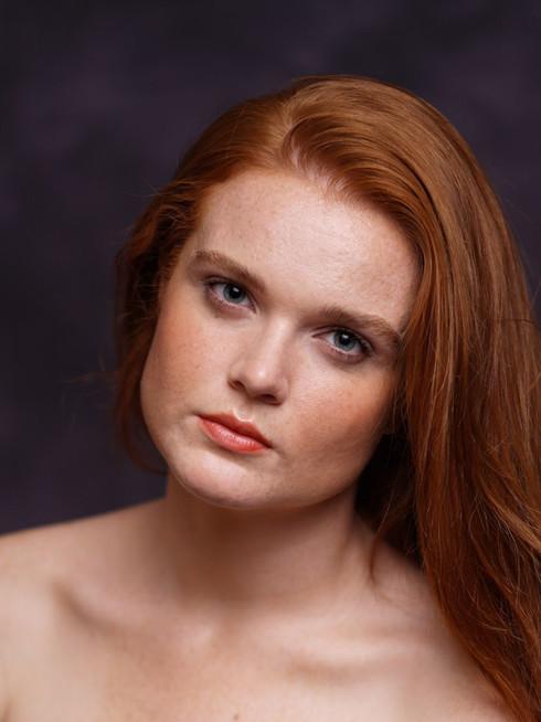 caitlin wyman clean beauty redhead makeu