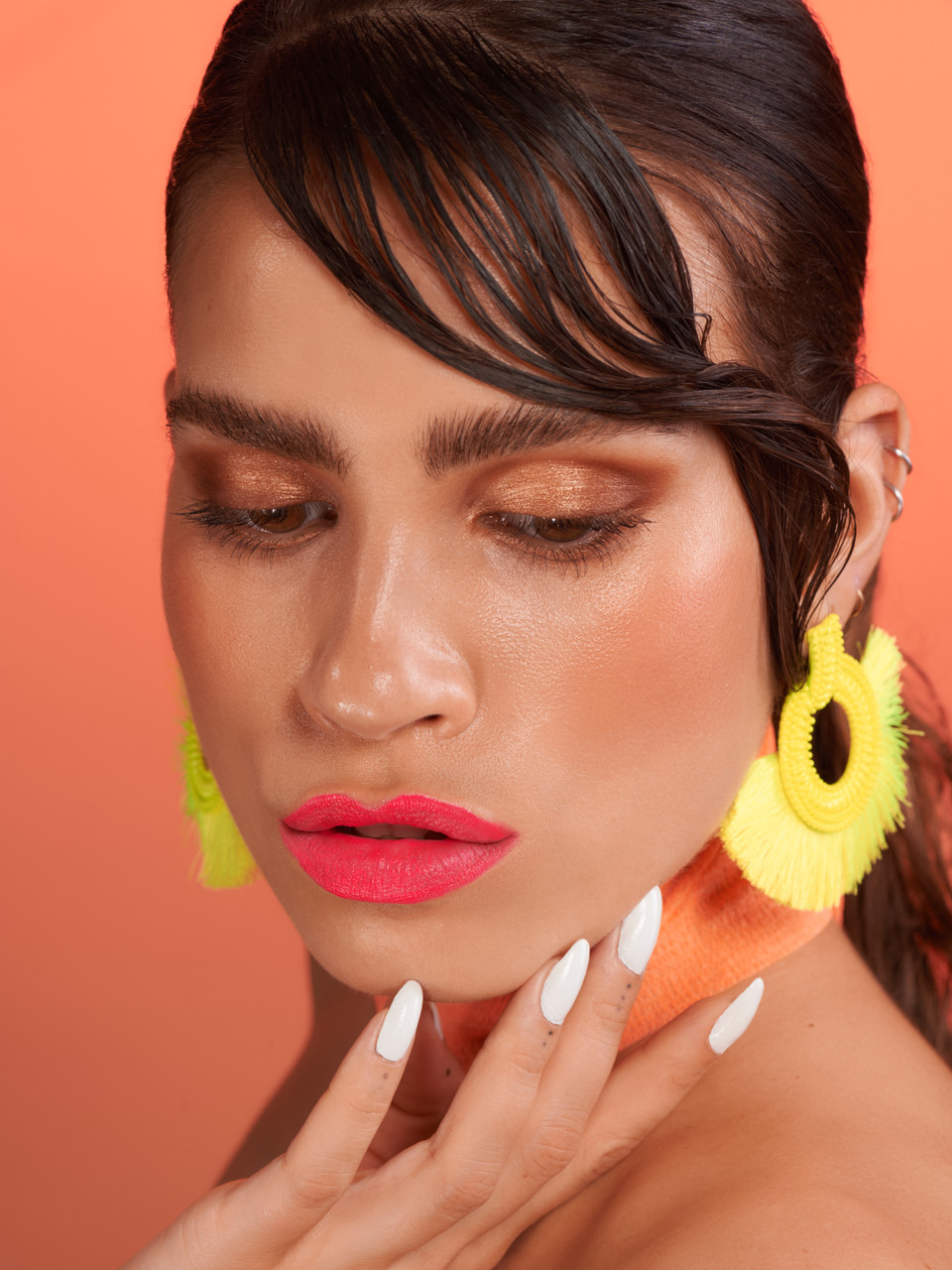 caitlin wyman editorial beauty neon lips