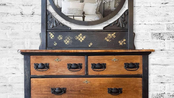 Antique Solid Wood Vanity Dresser