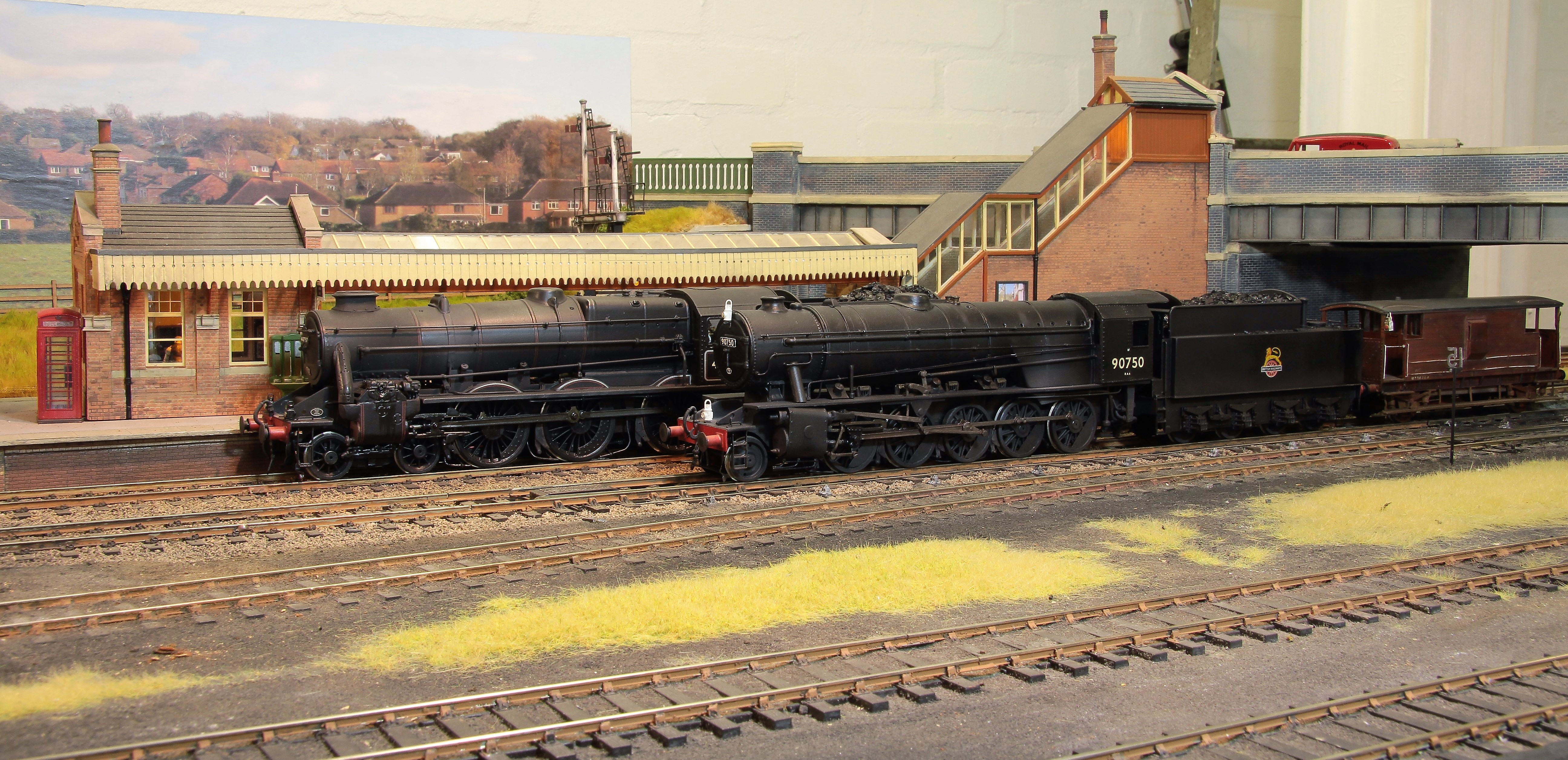 8696 LMS Stanier 'Caprotti' black five 4