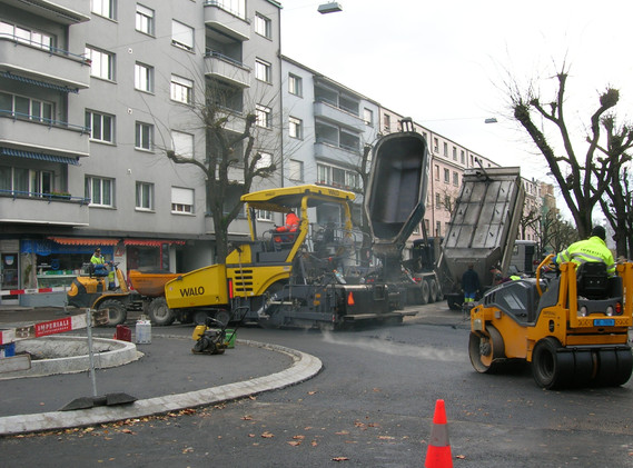 Kreisel Murtenstrasse_Belagseinbau