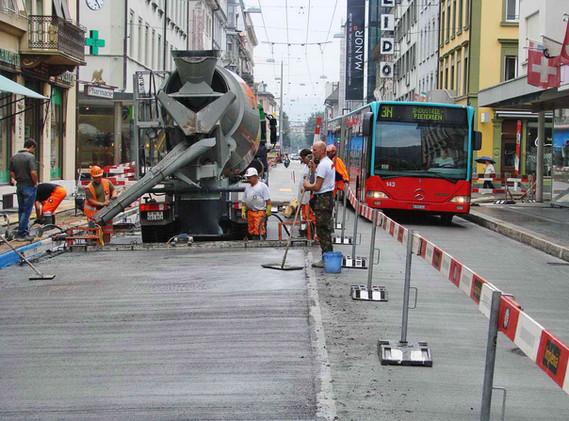 Zentralstrasse Bushaltestelle DSC07349-1