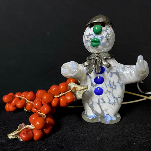 Murano glass snowman with a silver hat and scarf Italian Murano d�cor