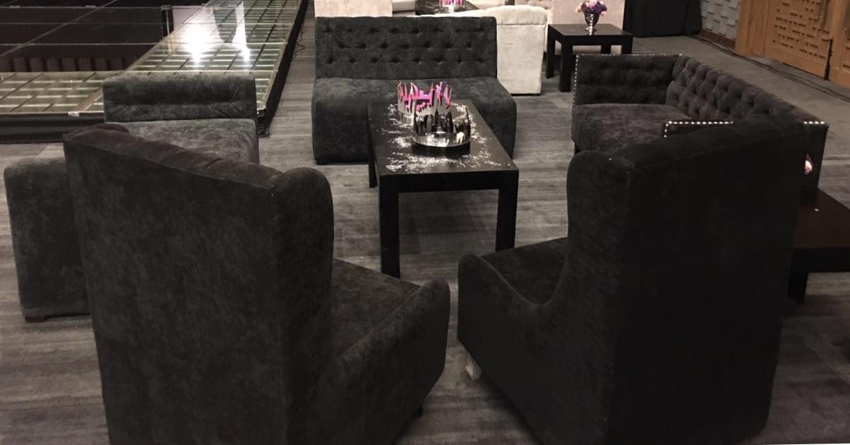 Sala vintage negra