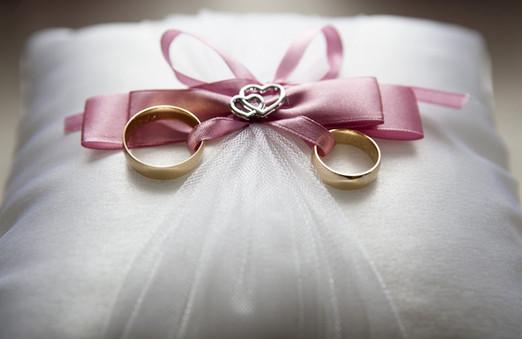 wedding-688924_1920.jpg