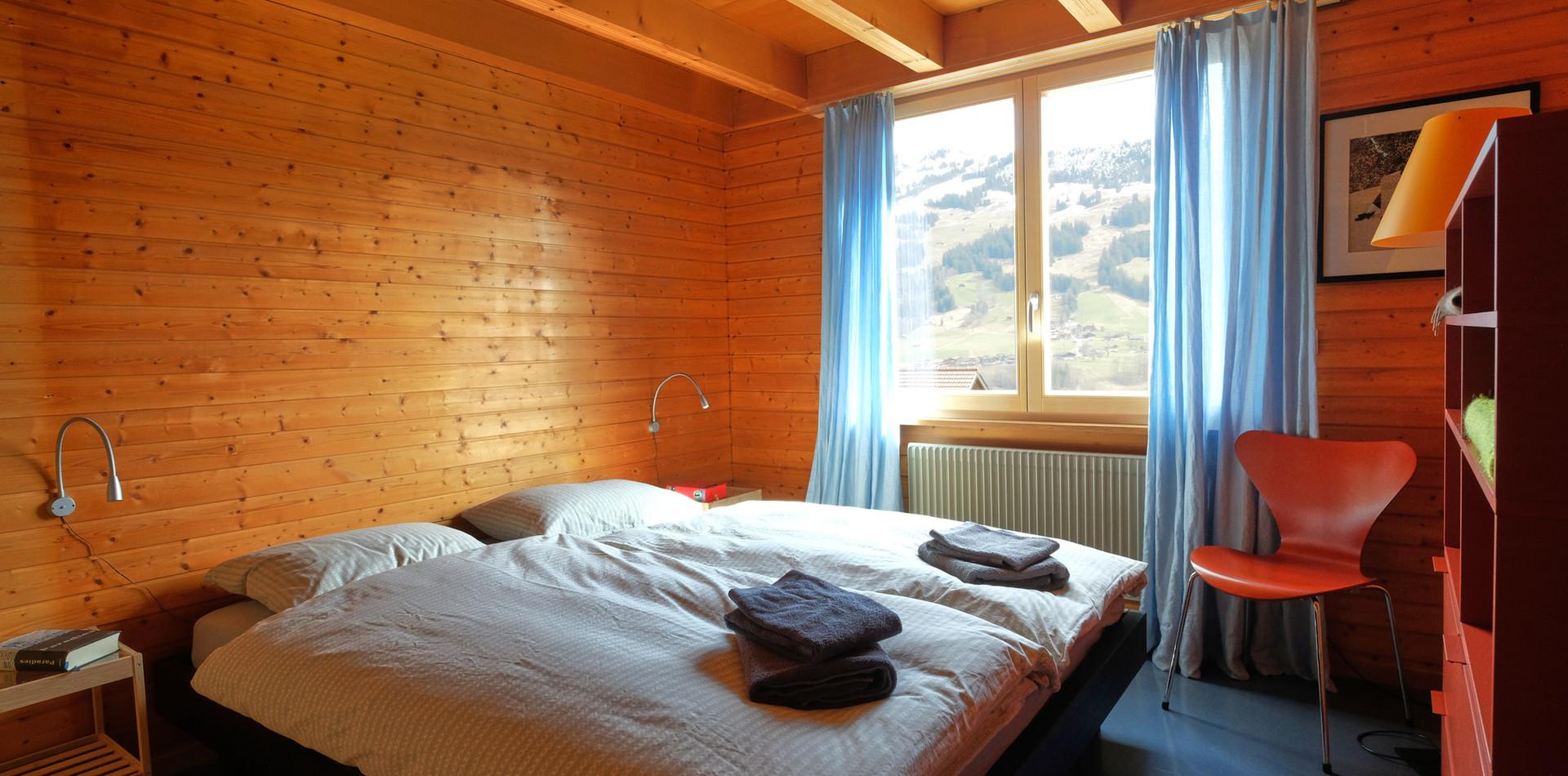 Schlafzimmer Parterre.