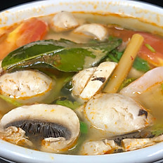 202.	TOM YUM (HOT AND SOUR SOUP) (Prawns Base)