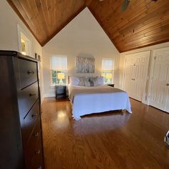 Master loft with cal king bed