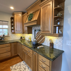 Kitchen with full appliances