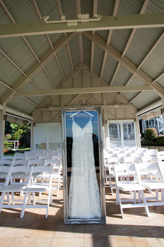 Frame: Classic in Silver. Venue: Maleny Mannor Chapel. Dress: Riva by Luv Bridal.