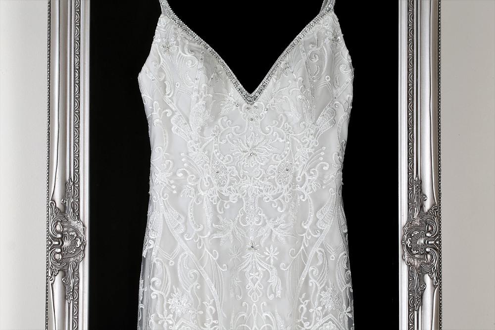 The Classic, Wedding Dress Frames