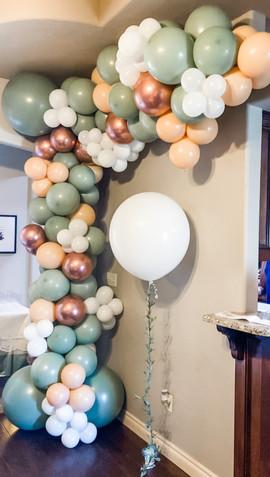 Baby shower Balloon Garland