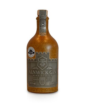 Alnwick Gin: 50cl, 20cl and 5cl bottles.