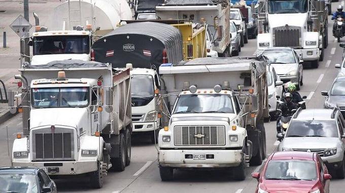 Bogotá Inteligente monitoreará emisiones de vehículos de transporte de carga a través de dispositivo