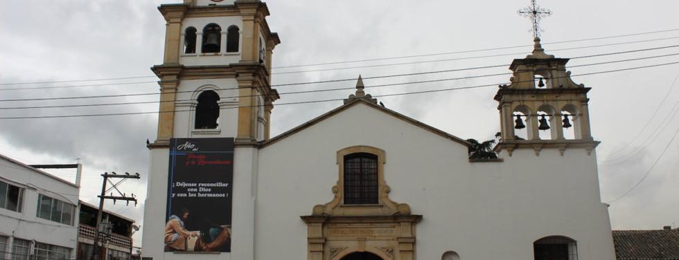 Catedral-Santiago-Apostol--1024x683 (1).